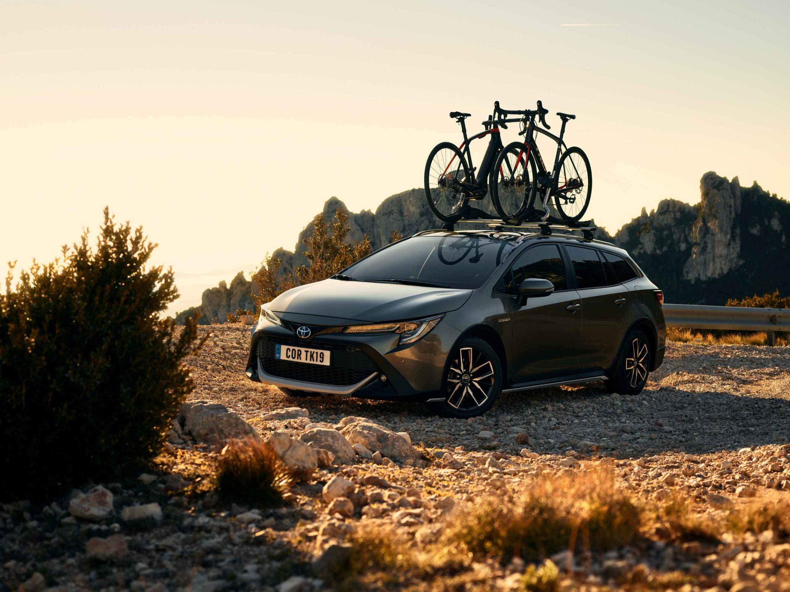 Toyota_Corolla_Touring_Sports