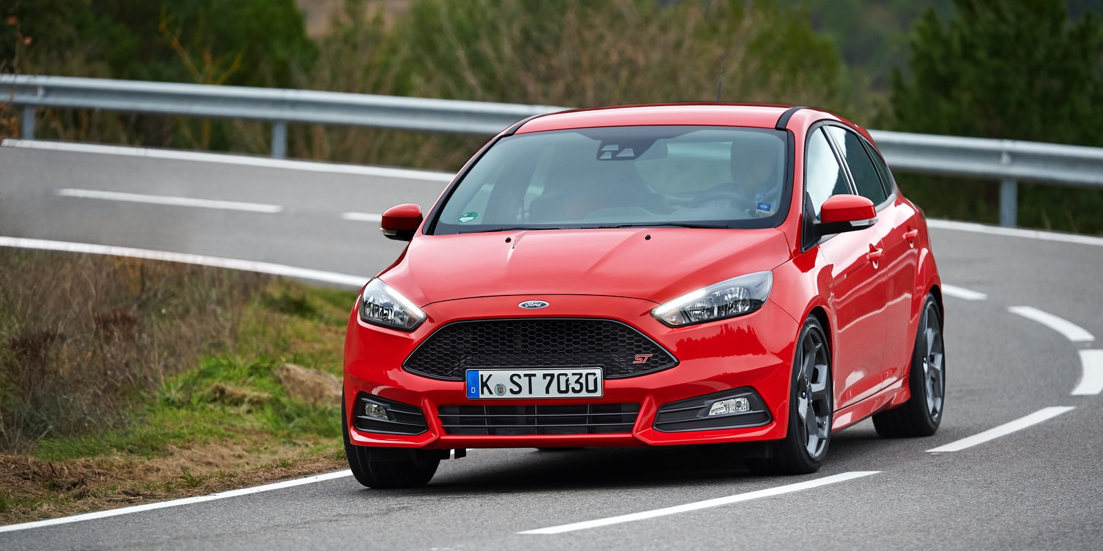 ford focus st test technische daten preis carwow. Black Bedroom Furniture Sets. Home Design Ideas